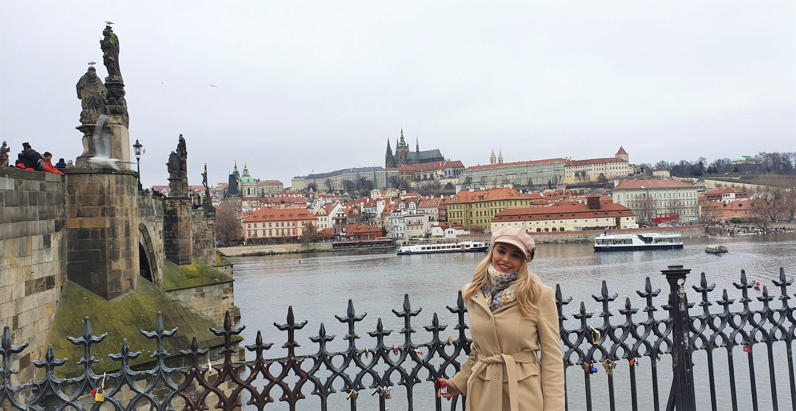 Зимна Прага – приказка без край, хубава бира и греяно вино