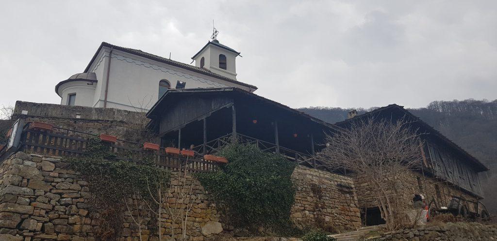Силата на българския дух – Гложенският манастир